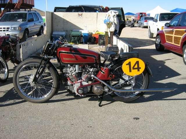 Achappement Cafe Racer